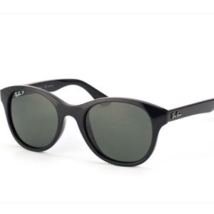 Ray Ban Black Classic Round Sunglasses